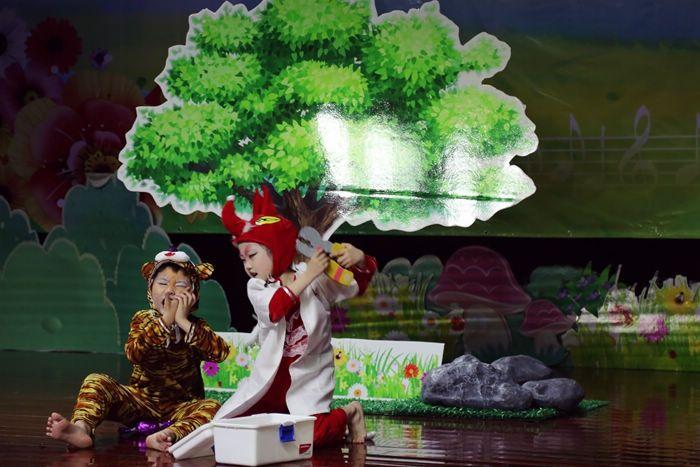 开发区幼儿园童话剧比赛在海朵小剧场开演啦
